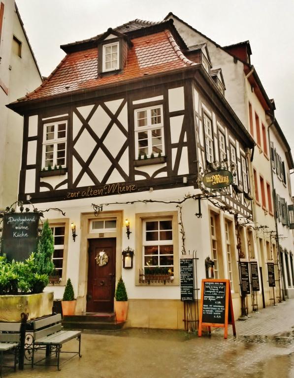 Zur Alten Münz Korngasse 1 A 67346 Speyer Cubede